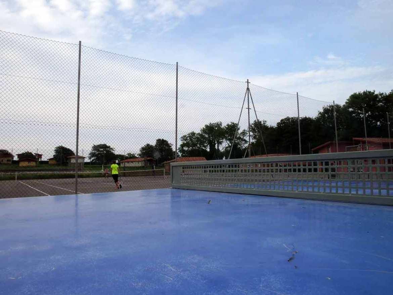 Perlora tennis field, Asturias