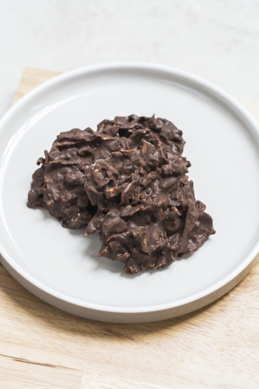 Chocolate Coconut Haystack (Cacao, Dehydrated Coconut Meat, Coconut Nectar)