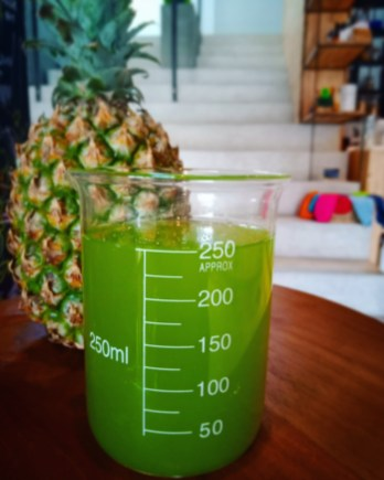 Cleansing Pineapple (Pineapple, Cucumber, Celery, Lemongrass)