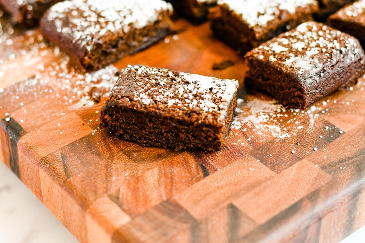 Gingerbread bars on a serving plate