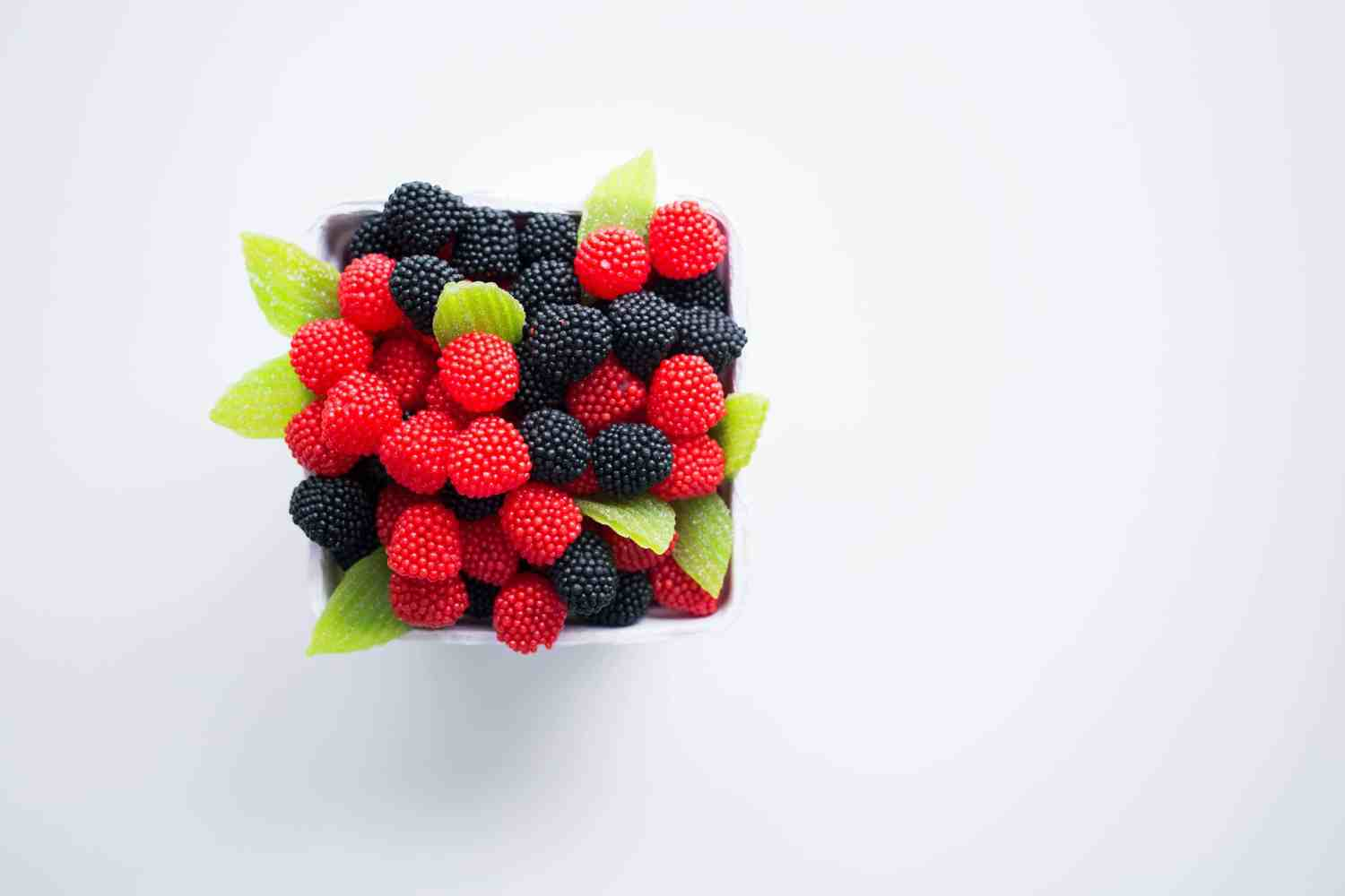 Berries are a pregnancy superfood