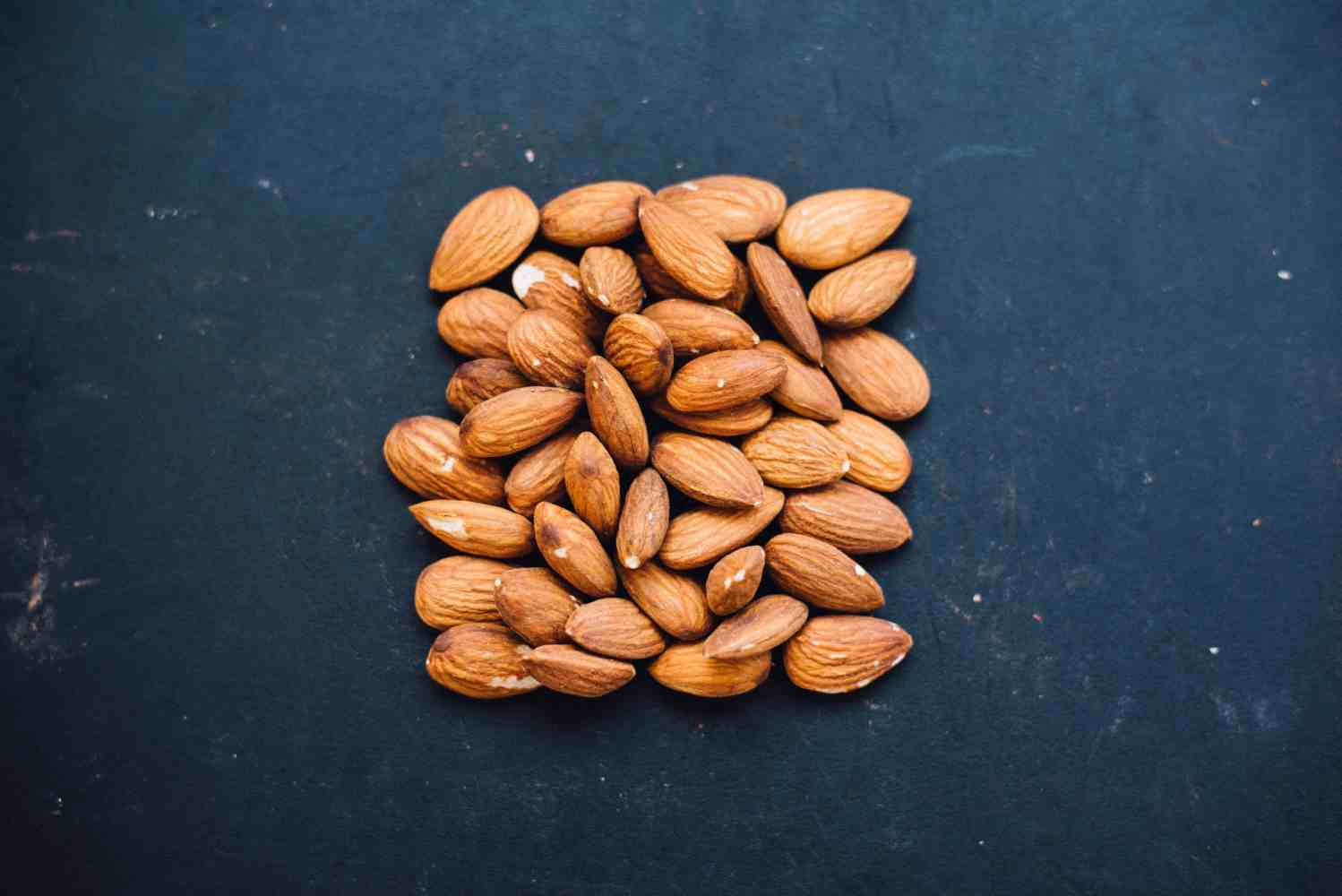 Pregnant women should eat lots of nuts