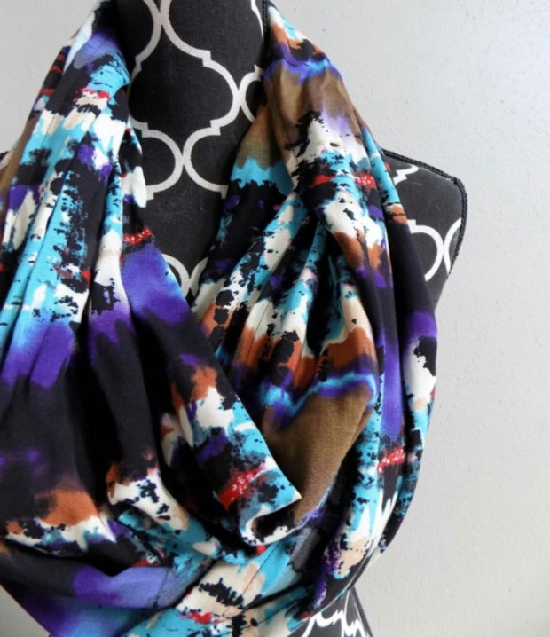 Check out TrendyStop: The place to shop for handmade scarves, head wraps, pacificer clips and baby & kid scarves!