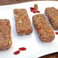 Mulberry & Goji Berry Energy Bars