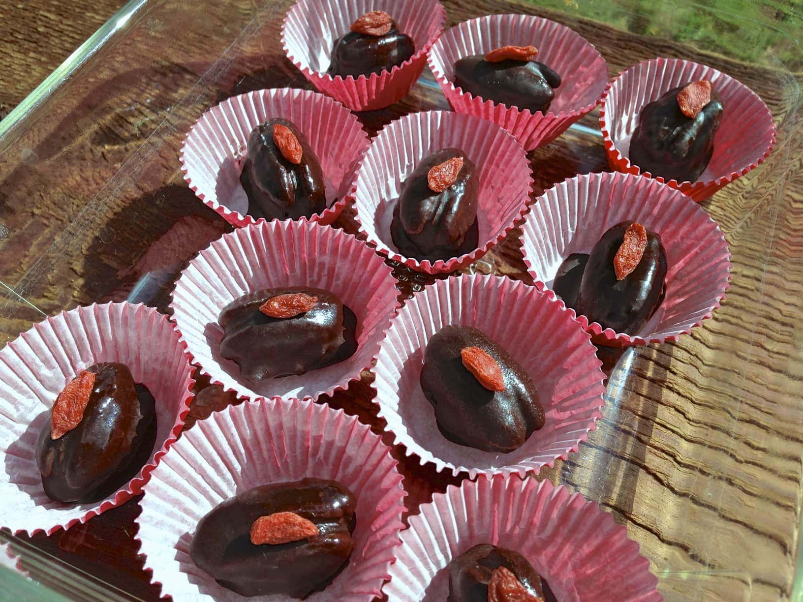 paleo chocolate-caramel pecan candies