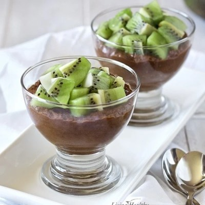 Chocolate Avocado Pudding (with Chia Seeds) (Vegan & Paleo)
