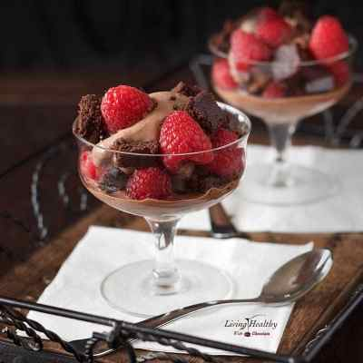 Raspberry-Chocolate Brownie Ice Cream Parfaits (gluten-free, dairy-free, Paleo) by #livinghealthywithchocolate