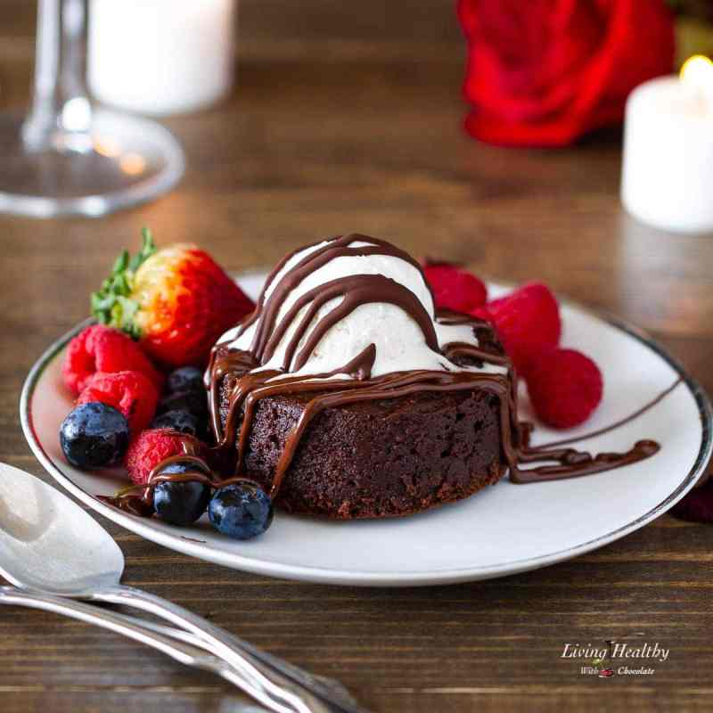 Molten Lava Brownies Recipe (Paleo, Gluten-free, Dairy-free, Grain-free) by #LivingHealthyWithChocolate