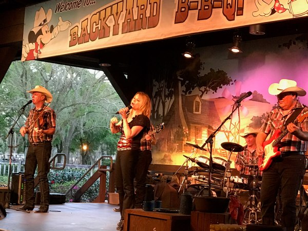 Disney's Fort Wilderness campground Mickey's Backyard BBQ