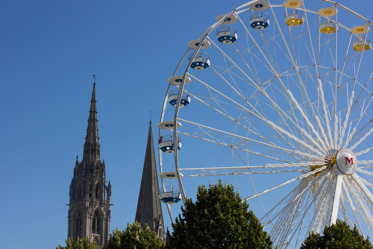 Chartres by Living In Clips