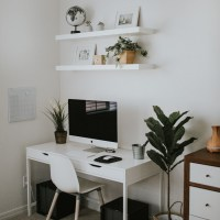 How to Create a Cozy Workspace in Your Bedroom