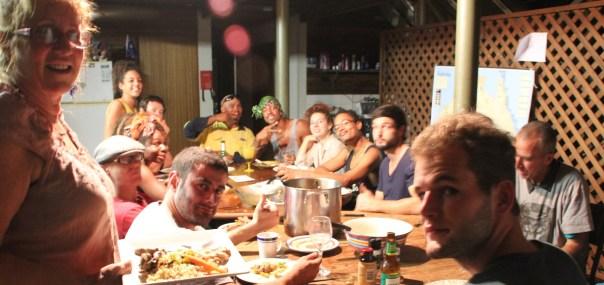 dinner-commune-crop-web