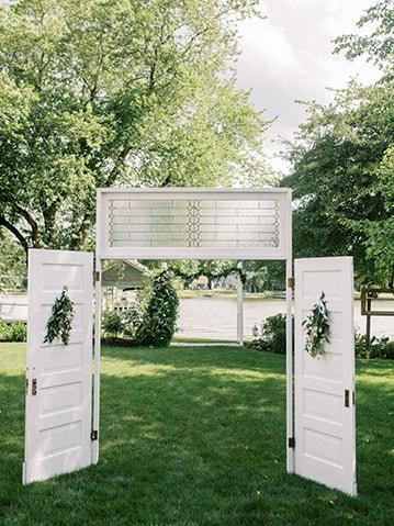 vintage-wedding-doors