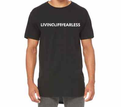 LIVING LIFE FEARLESS Team Tee in Black