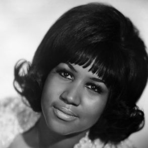 In a first for women, Aretha Franklin has been awarded a posthumous Pulitzer special award and citation | News | LIVING LIFE FEARLESS