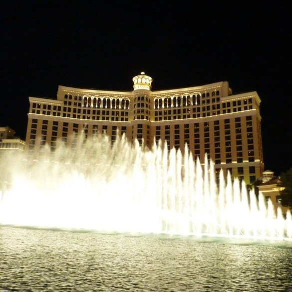 The Bellagio Becomes Westeros As 'Game Of Thrones' Takes Over The Fountain | News | LIVING LIFE FEARLESS