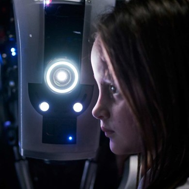 'I Am Mother' Trailer: Hilary Swank faces off against Rose Byrne's insidious robo-mom | News | LIVING LIFE FEARLESS