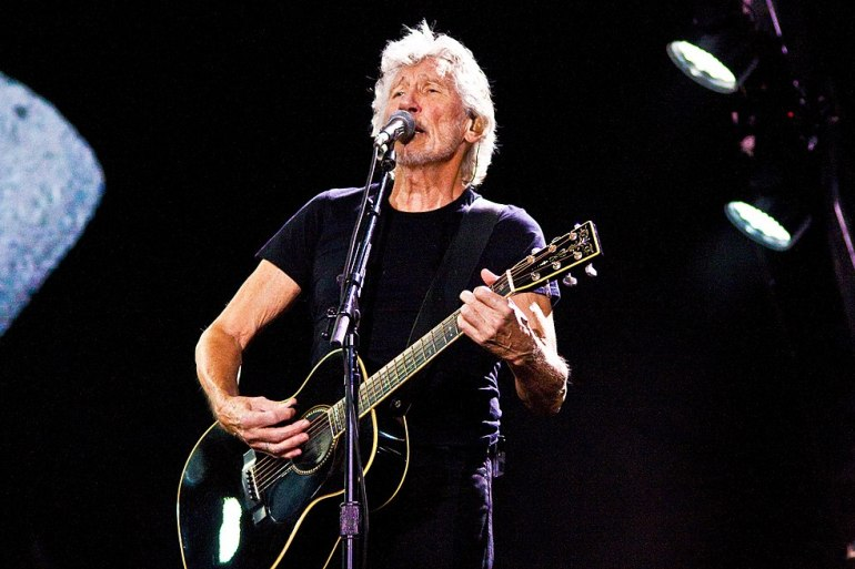 Roger Waters of Pink Floyd is set to release a documentary of his 'Us + Them' Tour | News | LIVING LIFE FEARLESS