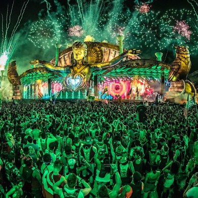Electric Daisy Carnival steps up and sends aid to the Bahamas and those affected by Hurricane Dorian   News   LIVING LIFE FEARLESS