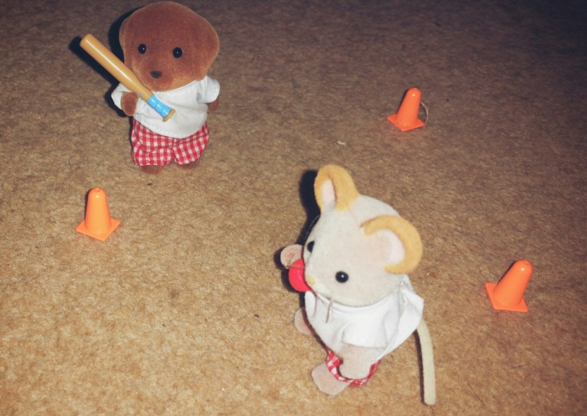 Sylvanian Families, photo caption, sports, rounders