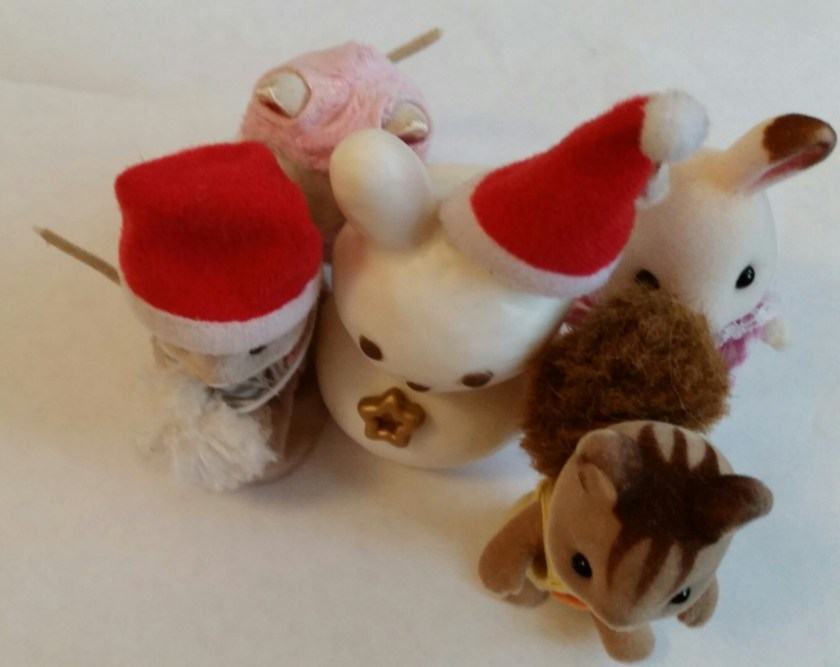 Sylvanian Families, photo caption, Christmas, winter, snow