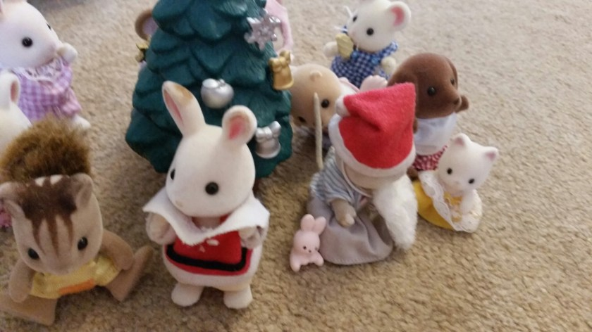 Sylvanian Families, photo captions, Christmas, home education