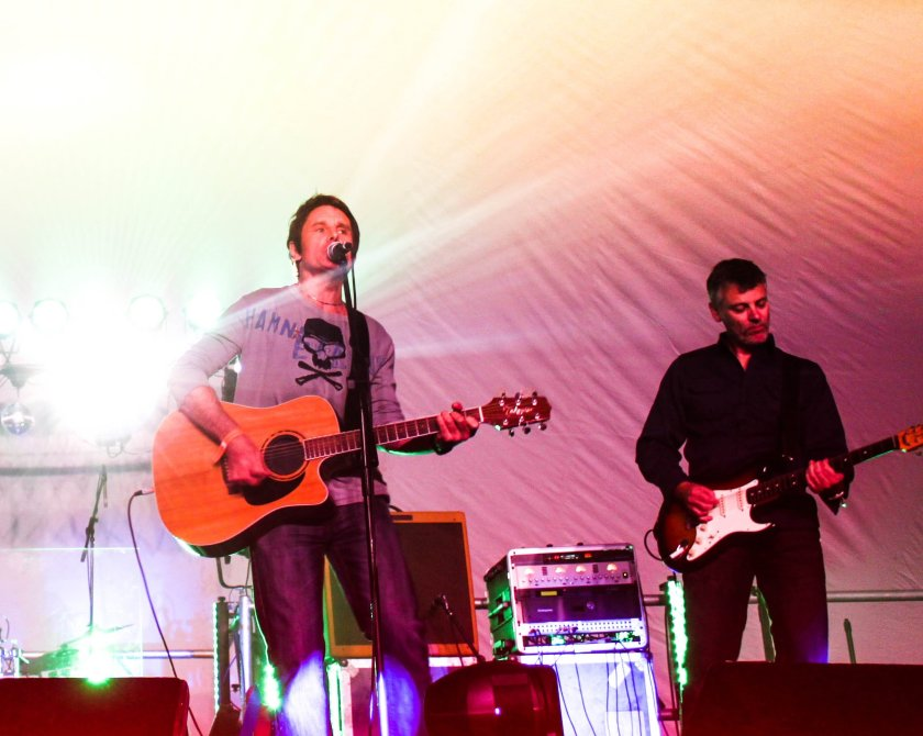 Chris Guard and Leapfrogband performing live onstage.