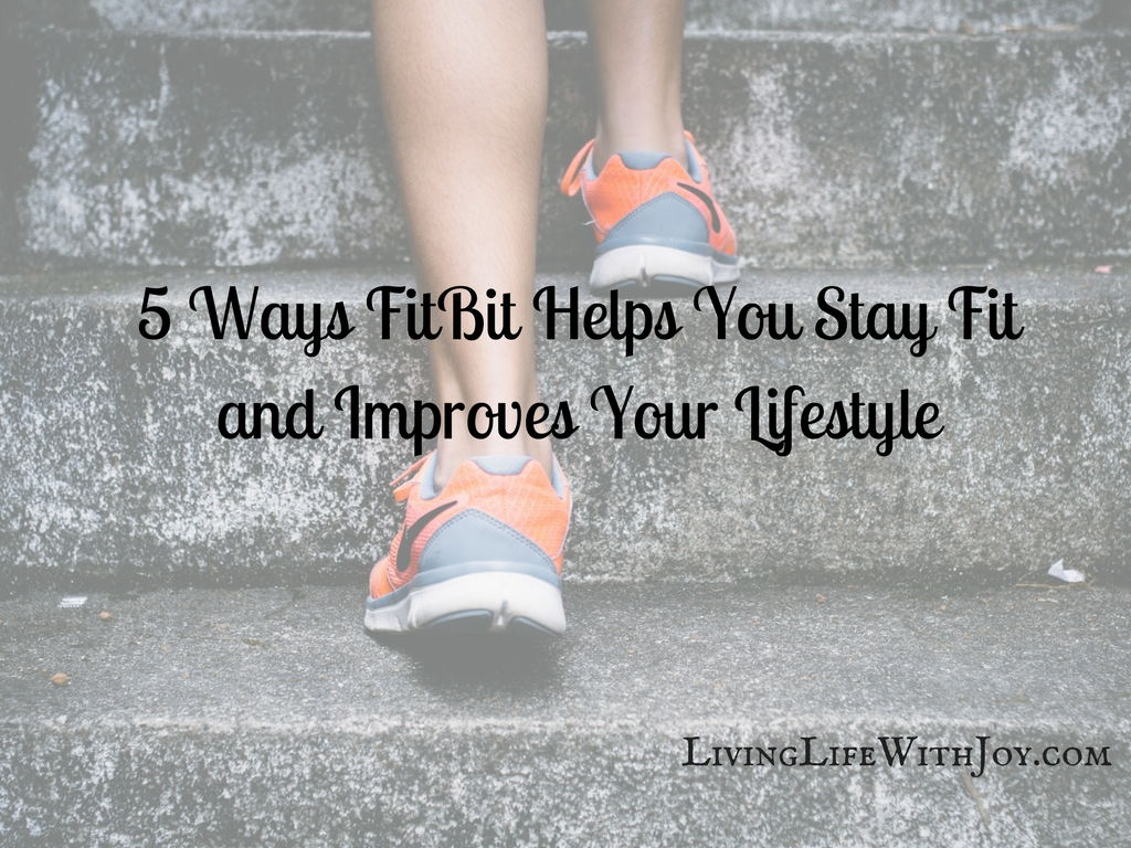 Guest Post: 5 Ways FitBit Helps You Stay Fit and Improve