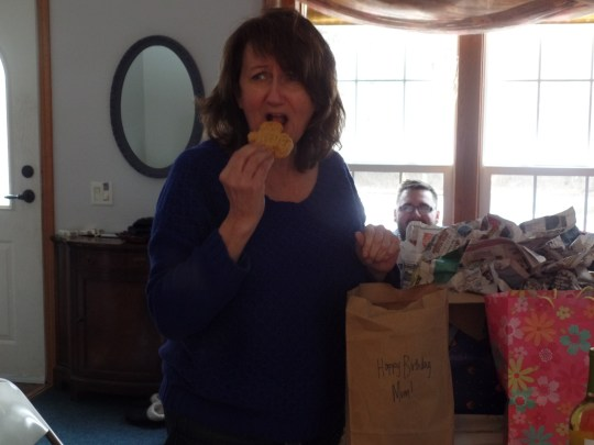 Mom liked them a lot (in spite of her apprehensive expression)!