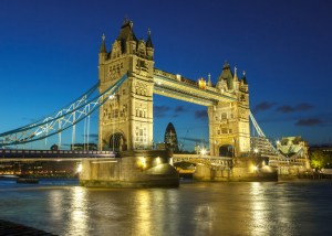 beautiful-london-bridge-at-night