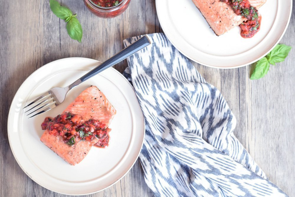 10-minute Salmon With Strawberry Basil Salsa