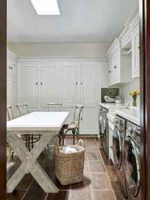 40+ beautiful rustic laundry room design ideas for your home (42)