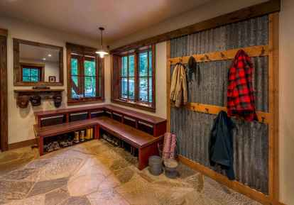 40+ beautiful rustic laundry room design ideas for your home (43)