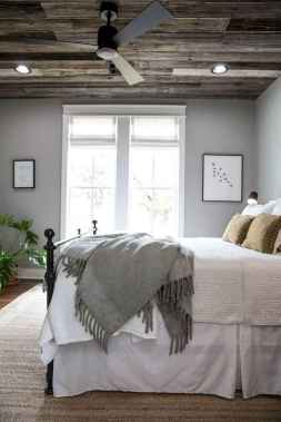 40 beautiful and elegant rustic bedroom decorating ideas (30)