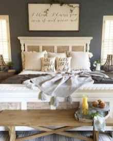 40 beautiful and elegant rustic bedroom decorating ideas (39)