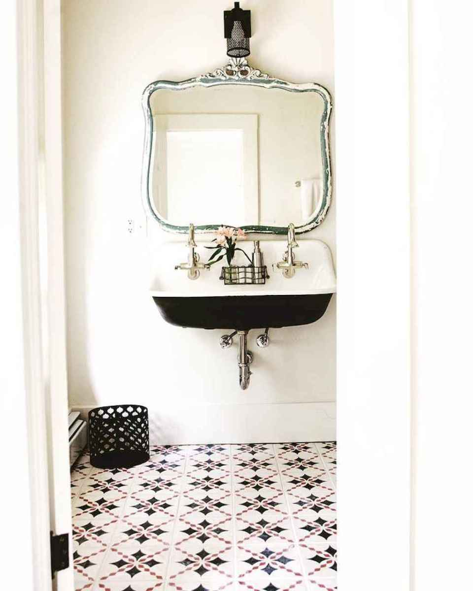 60+ beautiful vintage powder room ideas (62)