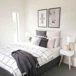 Best minimalist bedroom ideas (16)