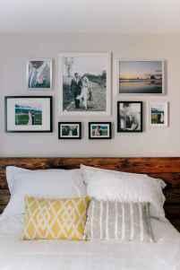Gallery wall ideas bedroom (3)