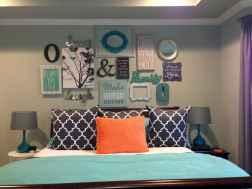Gallery wall ideas bedroom (35)