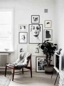 Inspired gallery wall living room (60)