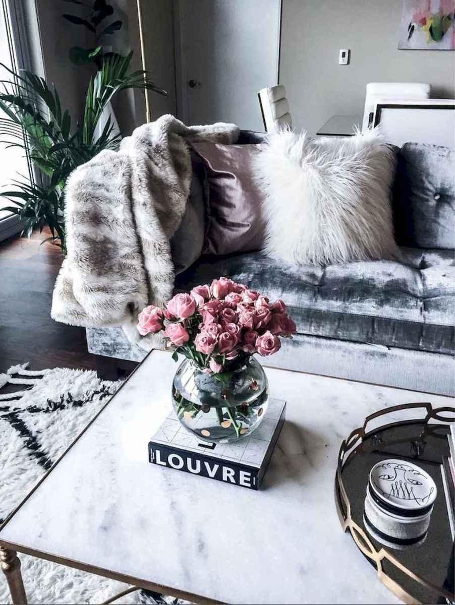 Inspiring apartment living room decorating ideas (43)