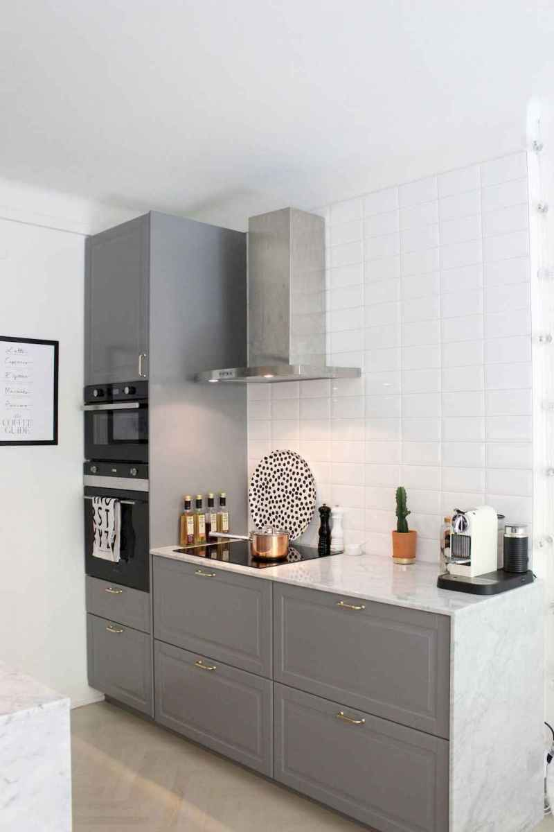 Simply apartment kitchen decorating ideas on a budget (3)