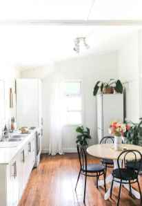 Simply apartment kitchen decorating ideas on a budget (6)