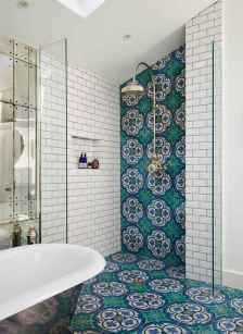 120 Colorfull Bathroom Remodel Ideas (43)