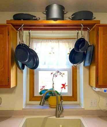 120 DIY Farmhouse Kitchen Rack Organization Ideas (75)