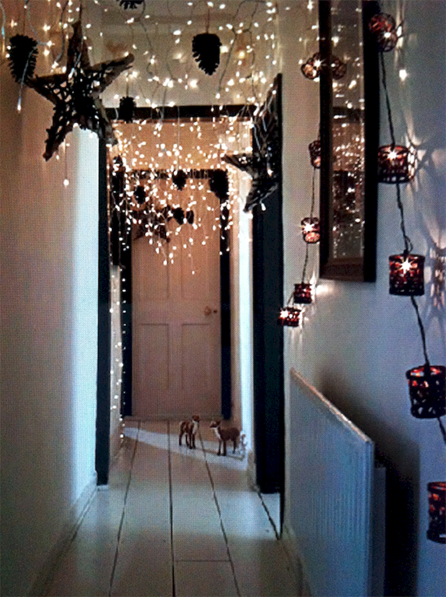 40 apartment decorating christmas lights (9)