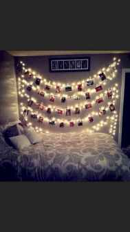60 apartment decorating christmas ideas (5)