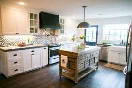70 Tile Floor Farmhouse Kitchen Decor Ideas (31)