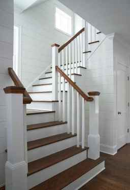 80 Modern Farmhouse Staircase Decor Ideas (26)