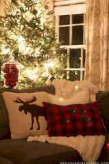 25 Awesome Christmas Decorations Apartment Ideas (22)